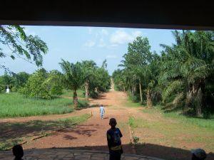 Kongbo chemin d'église